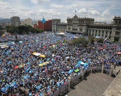Protestas del 2015 rechazaron la corrupción y la impnidad.  (Foto Prensa Libre: Hemeroteca PL)