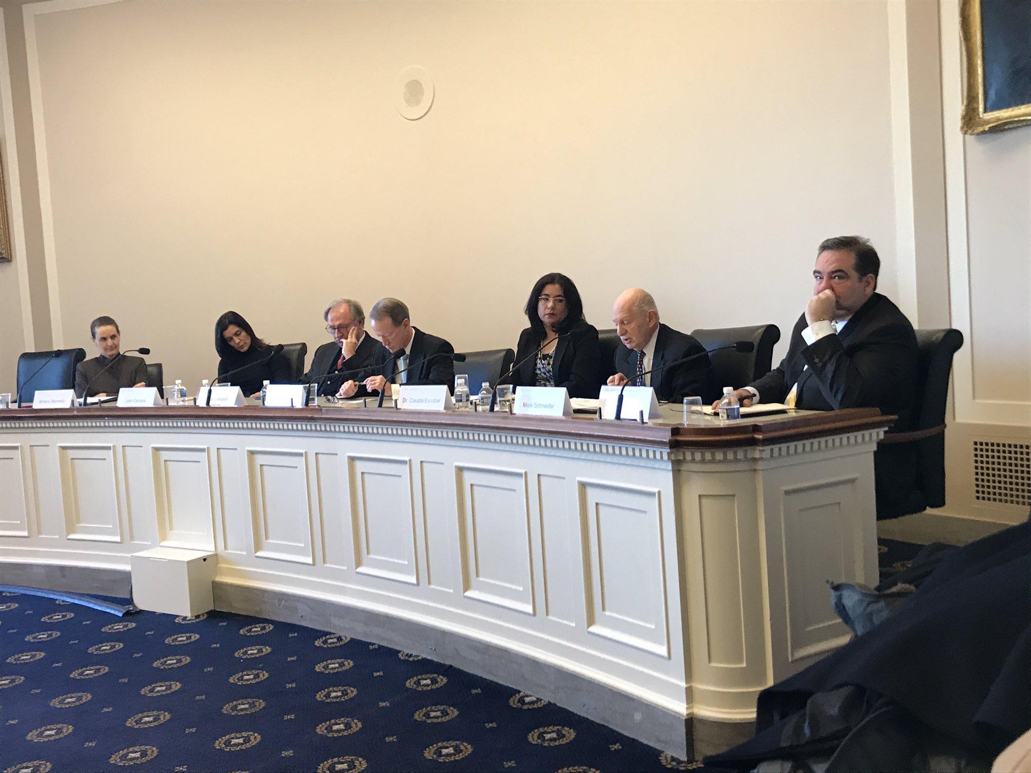 Expertos participaron en el foro sobre el futuro de la Cicig en Washington, D. C. (Foto: @Jomaburt)