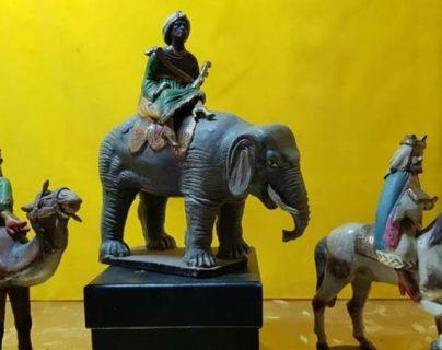 Representación de los Tres Reyes Magos, Melchor, Baltazar y Gaspar, en un nacimiento guatemalteco. (Foto Prensa Libre: Fernando Urquizú)