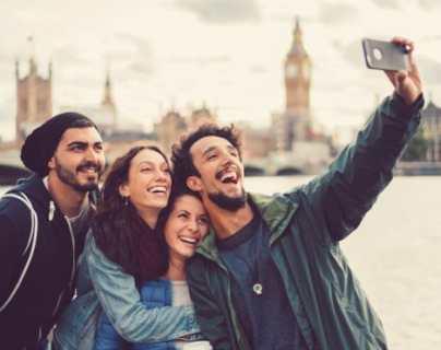 """Cómo nuestra obsesión por las """"selfies"""" está cambiando nuestra memoria"""