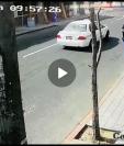 Video muestra el momento del bombazo dentro de un bus. (Foto Prensa Libre: Cortesía)