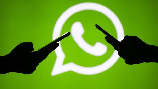 Ya no será posible enviar más de cinco veces un mismo mensaje de WhatsApp (GETTY IMAGES)