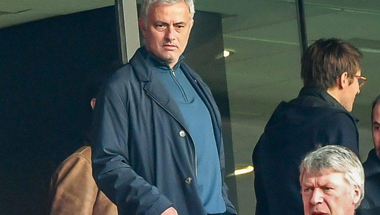 José Mourinho estuvo recientemente en Francia observando un partido entre el Lille y el Montpellier. (Foto Prensa Libre: AFP)