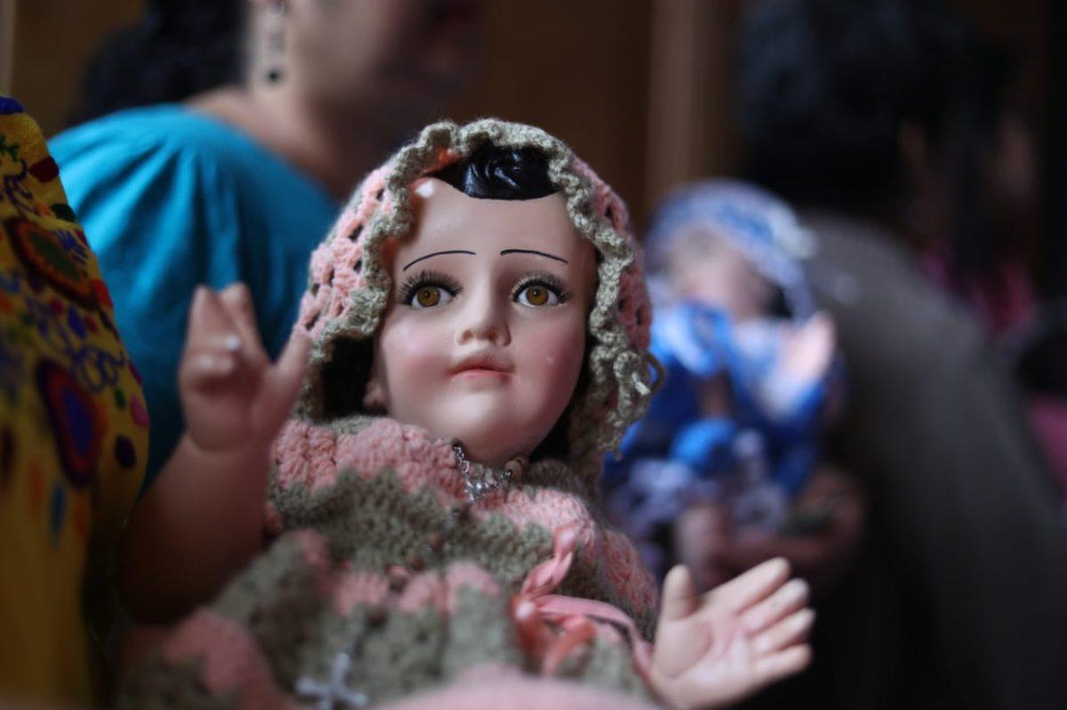 Galería: Bendición de los niños en la iglesia Candelaria