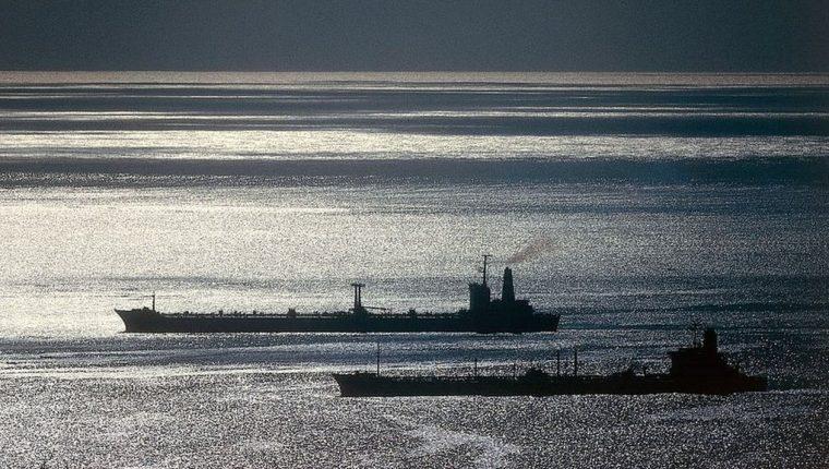 Ahora los satélites son capaces de rastrear barcos que hayan apagado su Sistema de Identificación Automática.