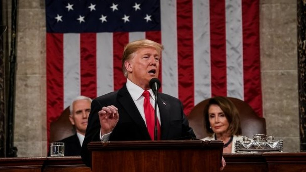 El presidente acusó a las autoridades mexicanas de facilitar la llegada de migrantes a la frontera de EE. UU. REUTERS