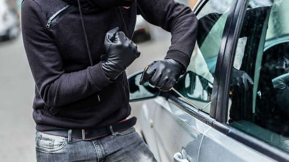 Robar carros es un negocio para ciertos grupos criminales en Estados Unidos.