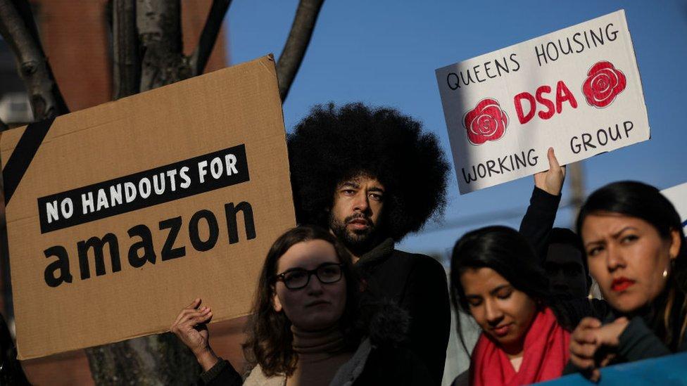 Amazon canceló sus planes para abrir una nueva sede en Nueva York luego de las protestas de varios residentes.