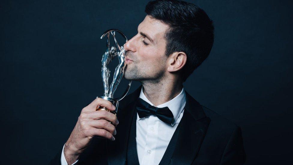 Novak Djokovic obtuvo su cuarto premio Laureus tras ganar los abiertos de Wimbledon, Estados Unidos y Australia. GETTY IMAGES