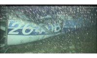 """EPA707. CANAL DE LA MANCHA, 04/02/2019.- Imagen que muestra los restos del avión N264DB en el que viajaba el futbolista argentino Emiliano Sala, este lunes en el fondo del Canal de la Mancha. Un vídeo submarino de los escombros del avión privado en el que viajaba Sala, muestra a un """"ocupante visible"""", informó hoy el Departamento de investigación de accidentes aéreos del Reino Unido (AAIB). EFE/ AAIB FOTO CEDIDA? SÓLO USO EDITORIAL? PROHIBIDA SU VENTA"""