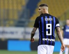 El delantero argentino Mauro Icardi volverá a jugar con el Inter pero los aficionados ya no lo quieren. (Foto Prensa Libre: EFE)
