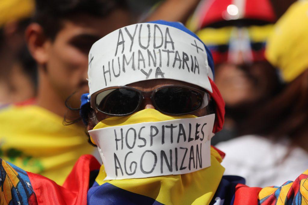 Desde horas de la mañana los venezolanos pedían que se dejara ingresar el contingente con ayuda internacional a Venezuela