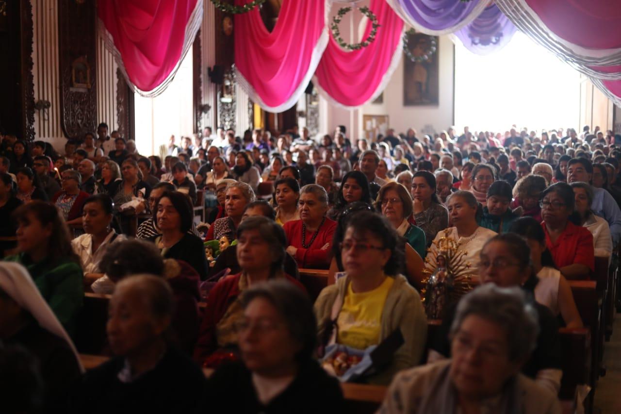Esta es una de las actividades más significativas en la iglesia de Candelaria ubicada al pie del Cerrito del Carmen, en la zona 1.