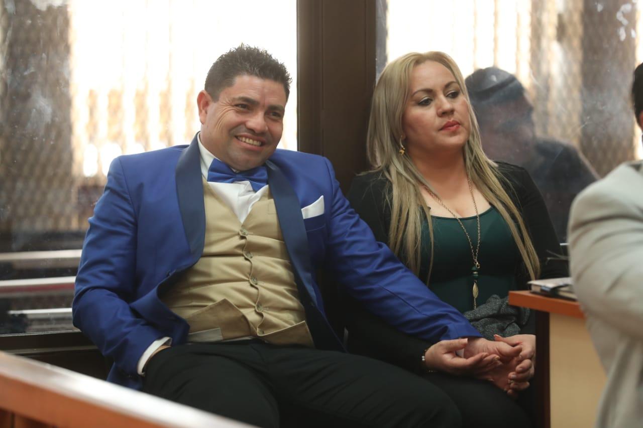 Marvin Montiel Marín y Sara Cruz, imputados en el caso de la muerte de Byron Lima. (Foto Prensa Libre: Esbin García)