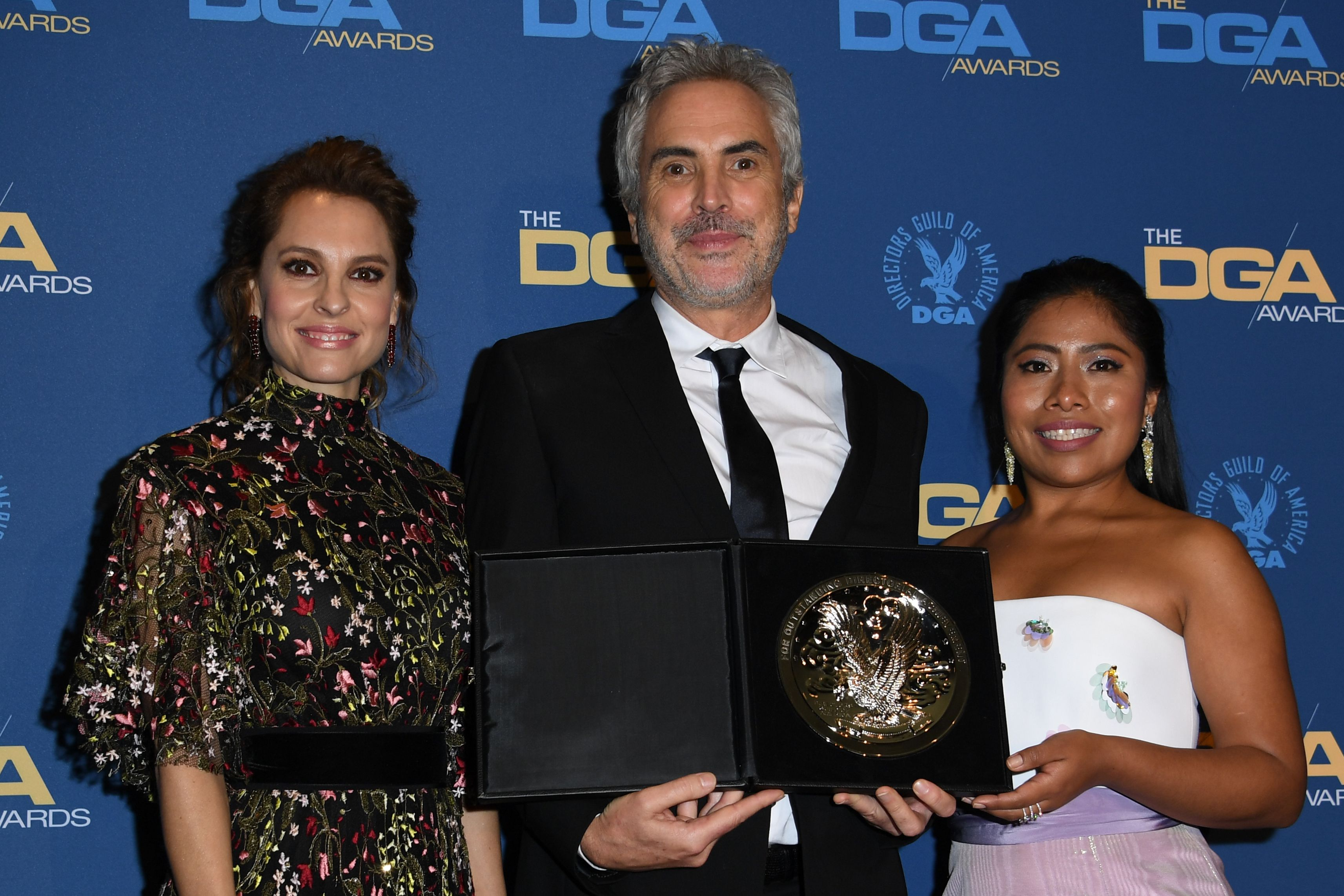 Marina de Tavira, Alfonso Cuarón y Yalitza Aparicio son unas de las latinas que estarán en los Óscar (Foto Prensa Libre: AFP).