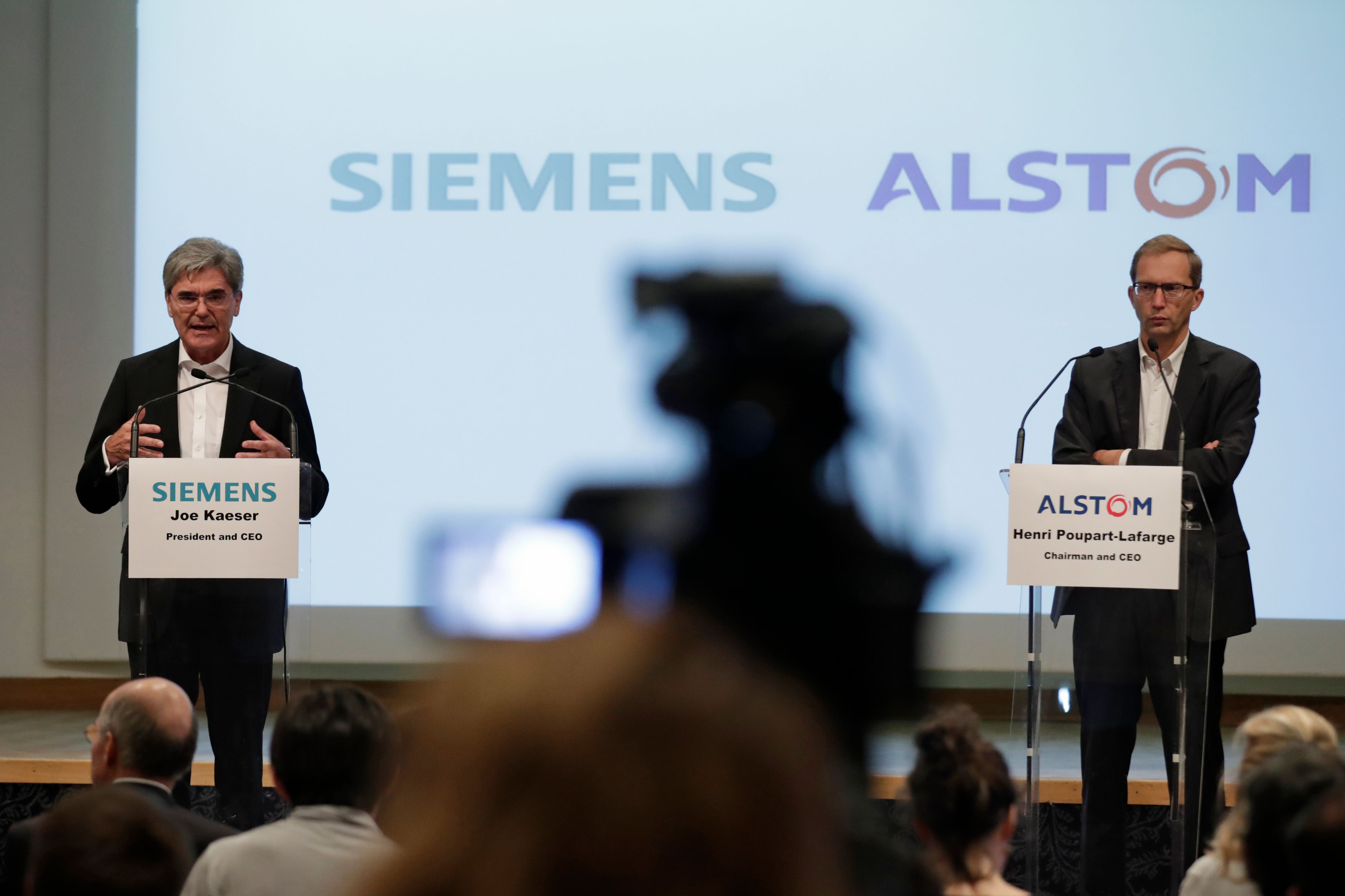 La Comisión Europea rechazó la fusión de la empresa ferroviaria alemana Siemens y de su rival francesa Alstom. (Foto Prensa Libre: AFP)