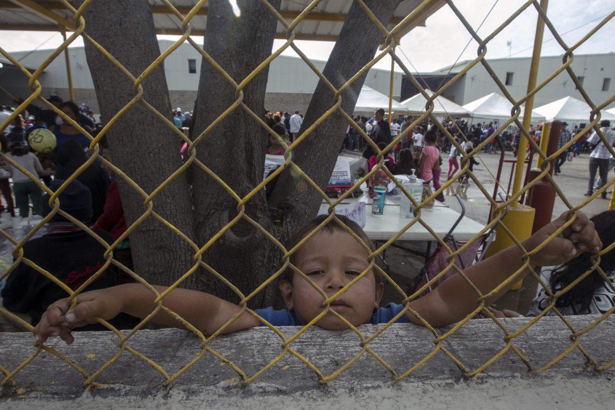 Fotogalería: esta es Piedras Negras, la comunidad mexicana que se convirtió en un enorme albergue