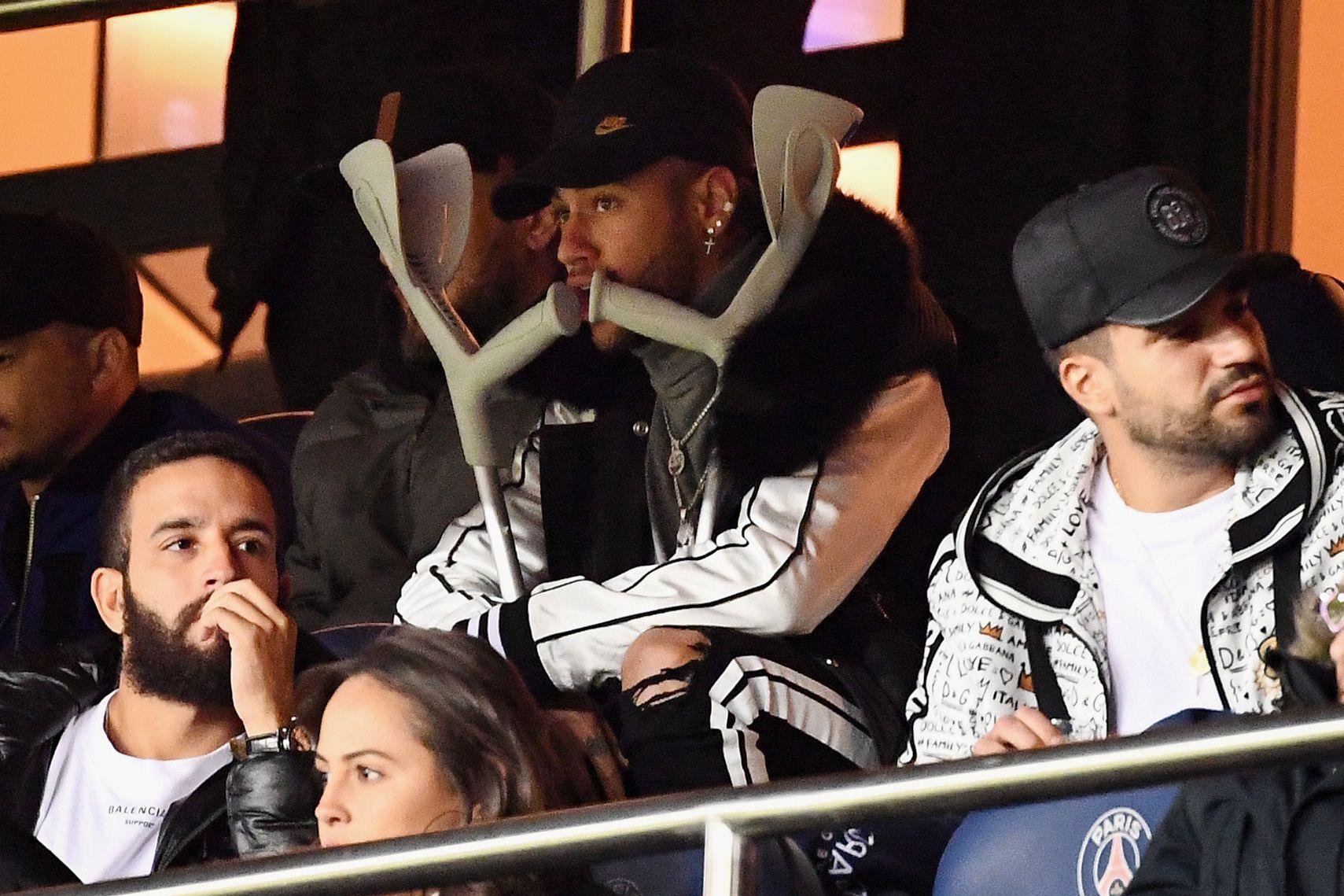 Neymar se encuentra en recuperación en París. (Foto Prensa Libre: AFP)