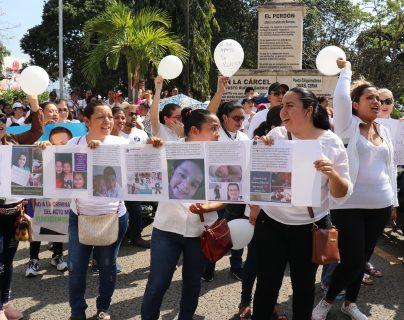 Así fue la marcha en apoyo a pediatra capturado por supuesta negligencia médica