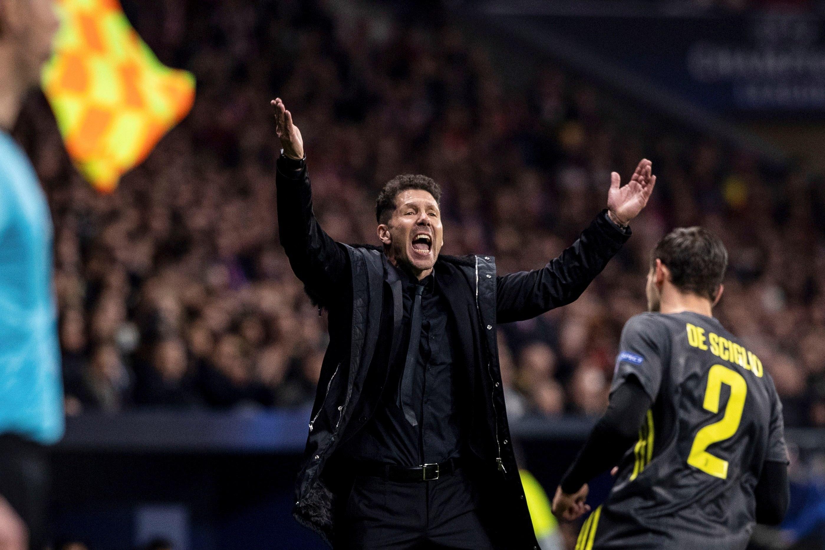 El entrenador del Atlético de Madrid, el argentino Diego Simeone, durante el partido ante el Juventus. (Foto Prensa Libre: EFE)