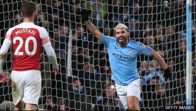 El futbolista argentino consiguió el 10º hat-trick de su carrera en la Premier League. GETTY IMAGES