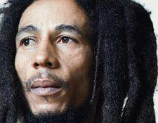El legendario músico jamaiquino estaría cumpliendo años este 6 de febrero. A pesar de su muerte, su legado musical sigue vigente en todo el mundo.  (Foto Prensa Libre: Hemeroteca)