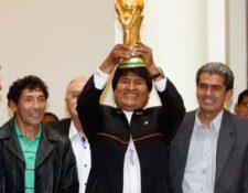 Bolivia espera poder tener alguna sede en el Mundial de 2030, si la candidatura sudamericana vence a sus rivales. (Foto Prensa Libre: Hemeroteca PL)