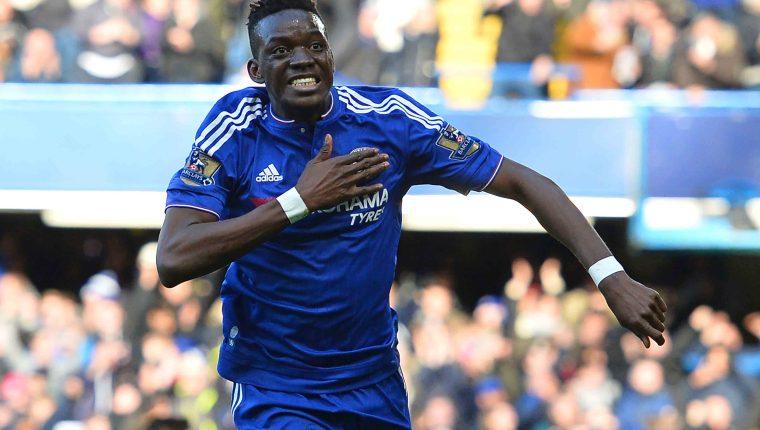 Los Blues están en serios aprietos por no respetar las reglas de la Fifa. (Foto Prensa Libre: AFP)