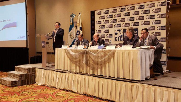 Directivos y agremiados de la Cámara de Industria de Guatemala conocieron los resultados de la SAT en el 2018 y las proyecciones para el 2019. (Foto Prensa Libre: Cortesía)
