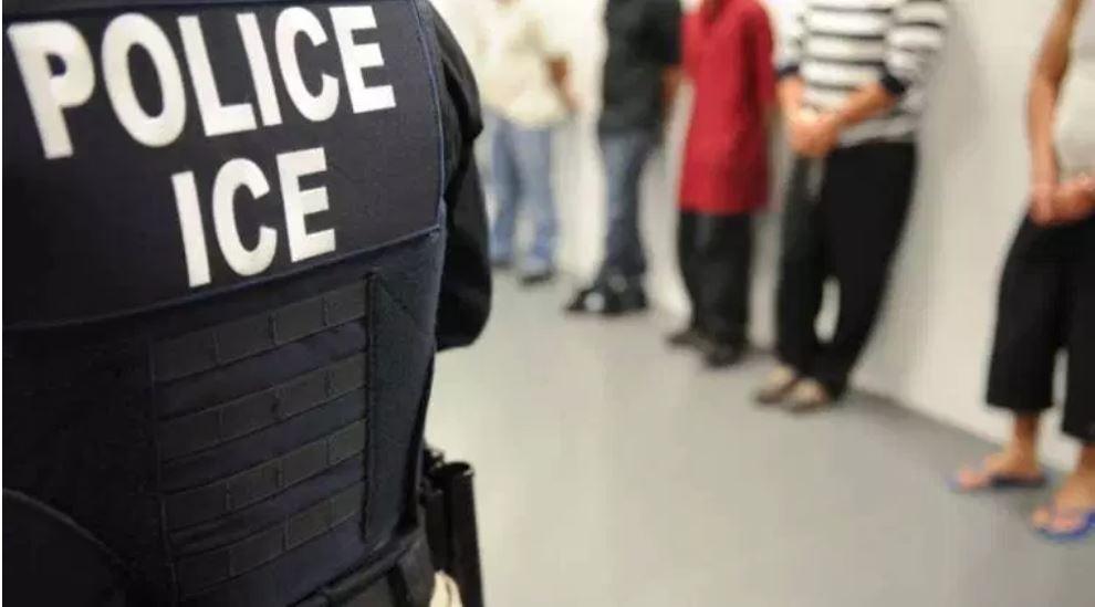 Las detenciones de ICE dentro de territorio estadounidense aumentó 24% en el año fiscal 2018. (Foto Prensa Libre: Cortesía)