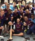 El vestuario del Santiago Bernabéu fue el lugar donde el plantel del Barcelona celebró su victoria contra el Real Madrid. (Foto Prensa Libre: @FCBarcelona_es)