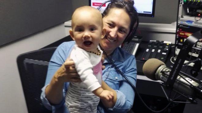 Claire Bell compartió con BBC su experiencia indagando sobre las pruebas prenatales.