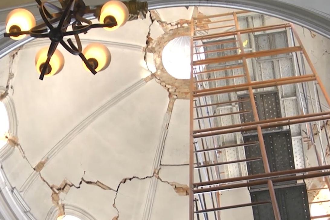Ingenieros proponen dos alternativas para reparar cúpulas de la Catedral de Xela