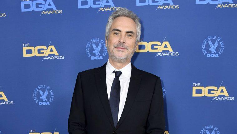 Alfonso Cuarón a su arribo a la 71 edición de los premios del DGA. (AFP).