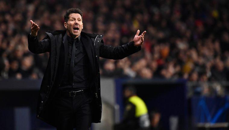 Diego Pablo Simeone, técnico del Atlético de Madrid, se mantuvo eufórico durante el duelo contra la Juventus. (Foto Prensa Libre: AFP).