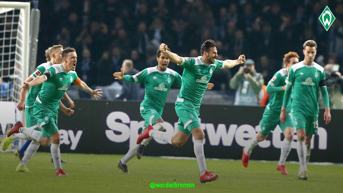 Así festejaron los jugadores del Werder Bremen. (Foto Prensa Libre: Twitter)