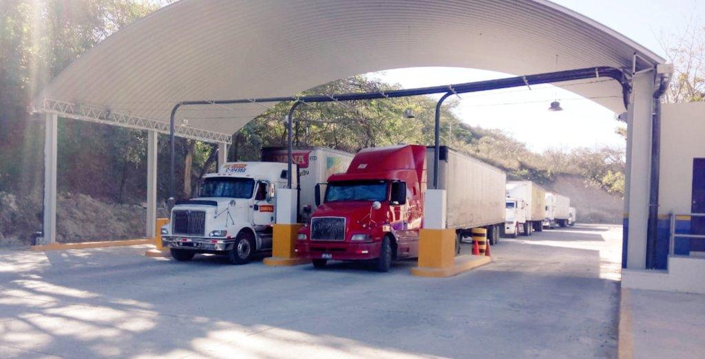 La aduana El Poy, en El Salvador, será  el punto de integración aduanera con Honduras y Guatemala. (Foto Prensa Libre: Ministerio de Hacienda El Salvador)