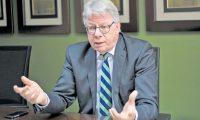 Embajador de Alemania en Guatemala, Harald Klein, menciona las estrategias necesarias para atraer turismo. (Foto, Prensa Libre: Hemeroteca PL).
