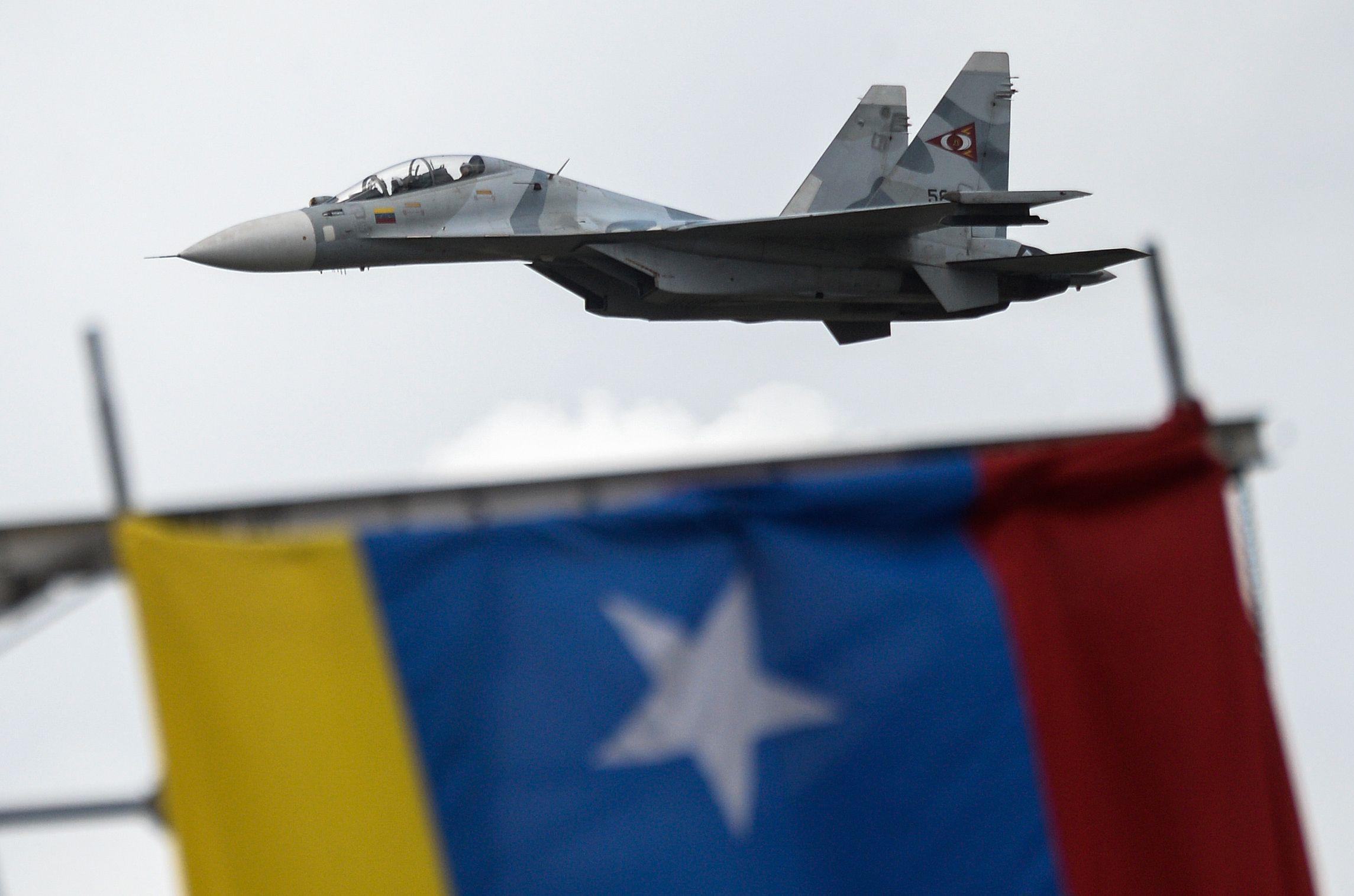 Es el primer alto mando de la aviación que desconoce a Maduro. (Foto Prensa Libre: AFP)