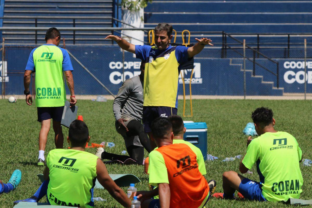 Fabricio Benítez quiere que en el estadio Verapaz se viva una fiesta futbolística