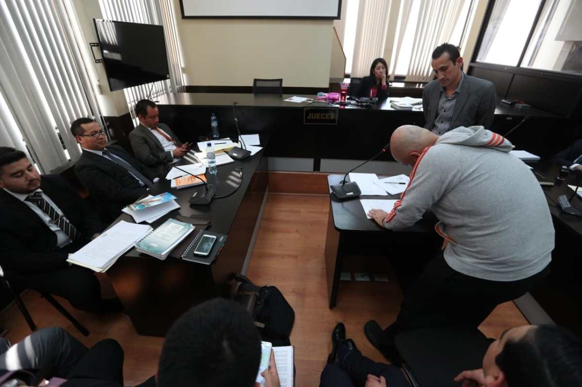 Líder de Los Huistas es sometido a prueba de grafoctécnia para esclarecer procedencia de Q600 mil