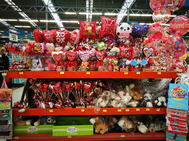 Walmart y Paiz invitan a festejar Día del Cariño