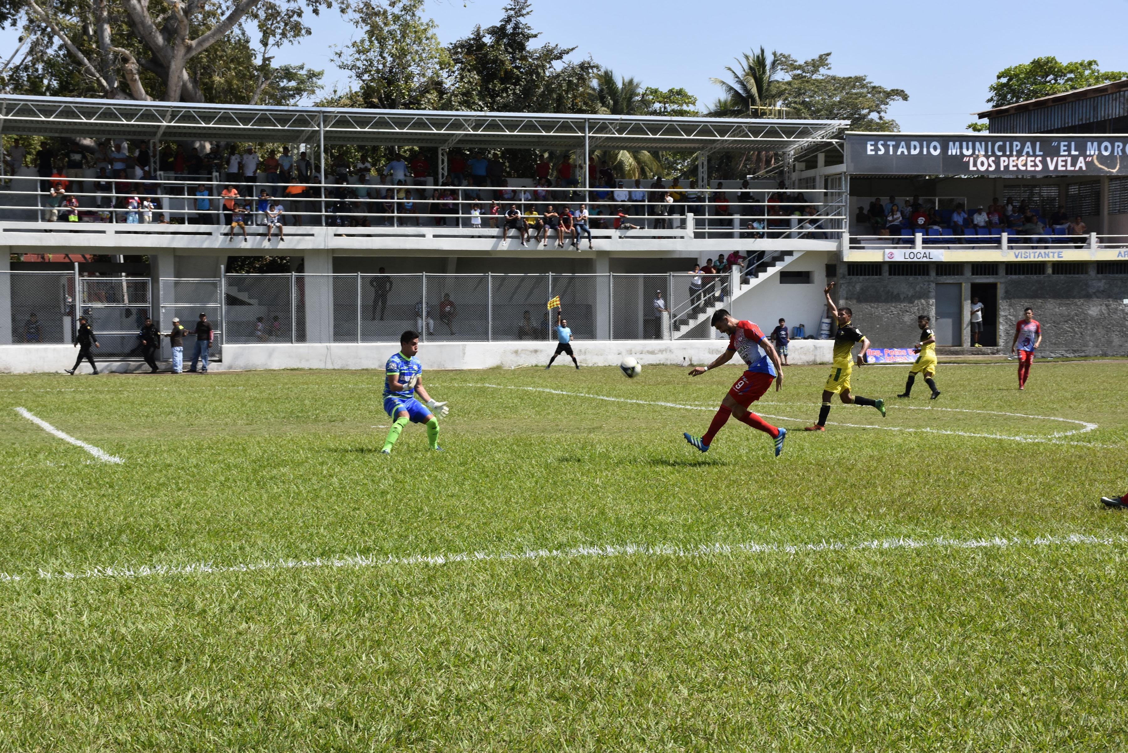 Iztapa venció 2-0 este sábado a Petapa, en juego de la quinta jornada del Clausura 2019, disputado en el estadio El Morón (Foto Prensa Libe: Hillary Paredes)