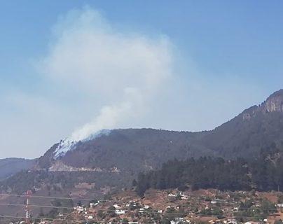Seguidores compartieron fotografias del incendio que afectó el ara boscosa de Olintepeque. (foto Prensa Libre: Cortesía )