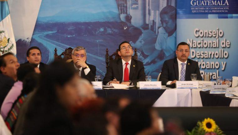 El presidente Jimmy Morales coordinó este viernes la primera reunión del Conadur. (Foto Prensa Libre: ESbin García)