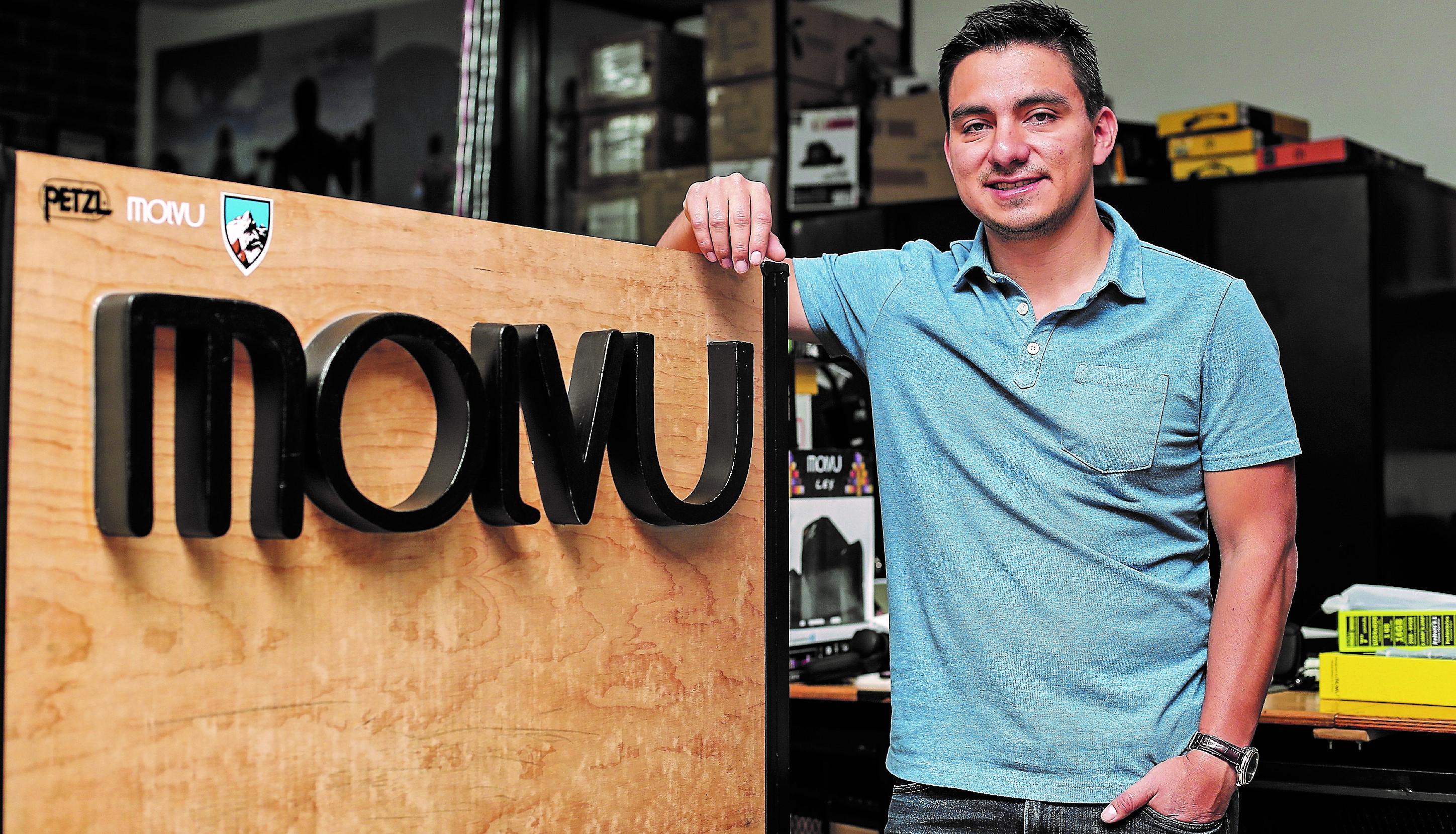 Kevin González ha sido emprendedor e innovador, dirige en forma exitosa la empresa Molvu, fabricante de tabletas. (Foto, Prensa Libre; Juan Diego González).