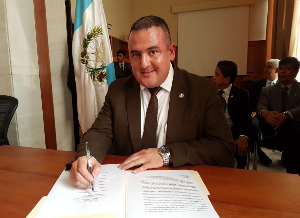 Magistrado de la Sala de San Marcos, Édgar José López Espaillat habría negociado con el empresario Gustavo Alejos. (Foto Prensa Libre: OJ)