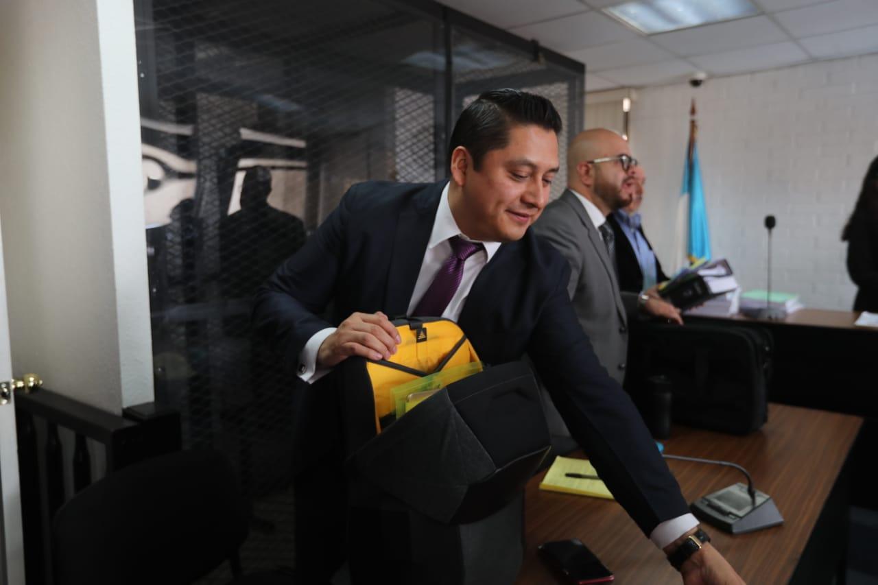 El abogado Mario Cano defendió a la exvicepresidenta Roxana Baldetti. (Foto Prensa Libre: Érick Ávila)