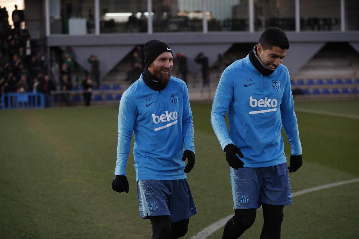 E argentino Lionel Messi durante el entrenamiento del FC Barcelona. (Foto Prensa Libre: FC Barcelona)