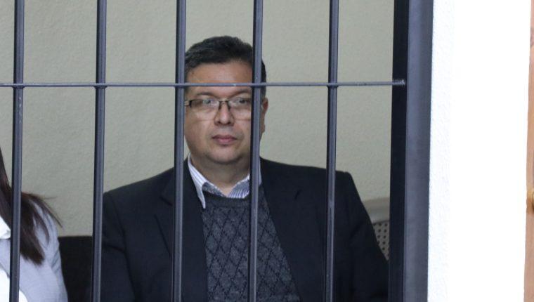Jorge Rolando Barrientos Pellecer, quien fue alcalde de Xela por 12 años, recobró su libertad el lunes a las 18 horas. (Foto Prensa Libre: Archivo)
